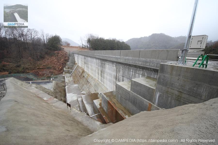 畑川脇ダム