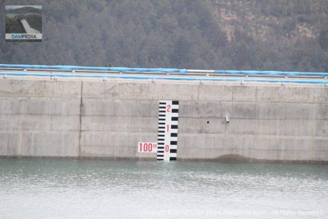 サーチャージ水位はEL.99.6m