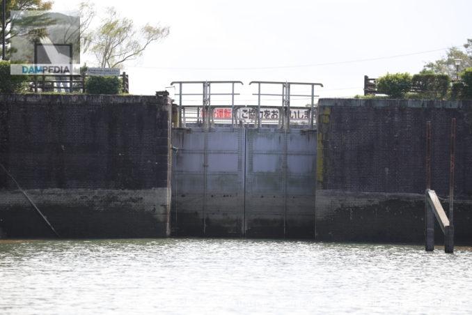 船頭平閘門 木曽川側閘門扉