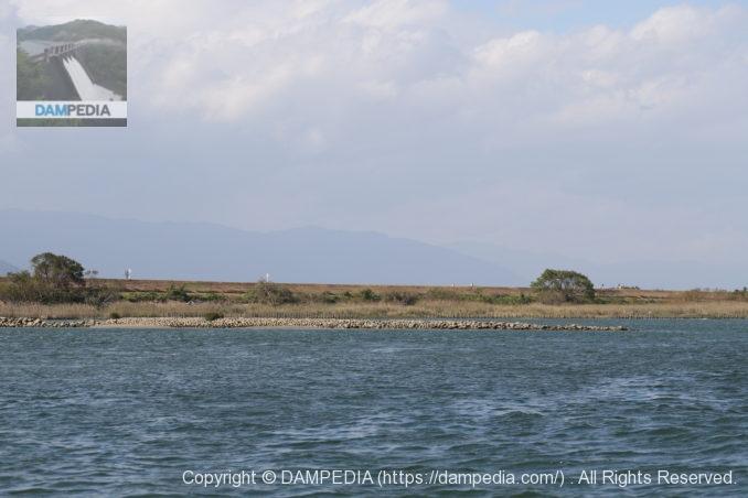 木曽川右岸のケレップ水制