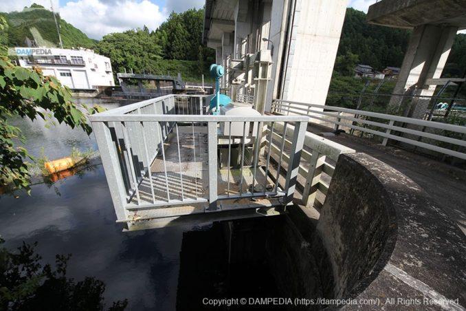 小放流設備の取水口