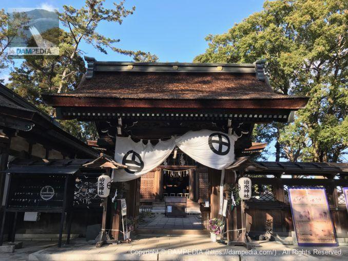 治水神社神門