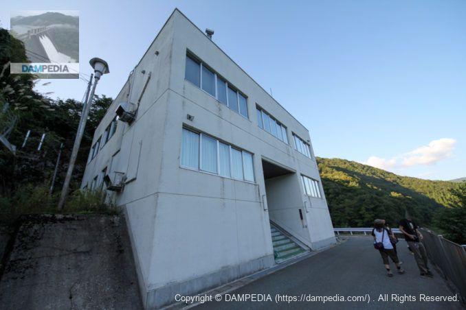 秋田県鎧畑ダム管理事務所
