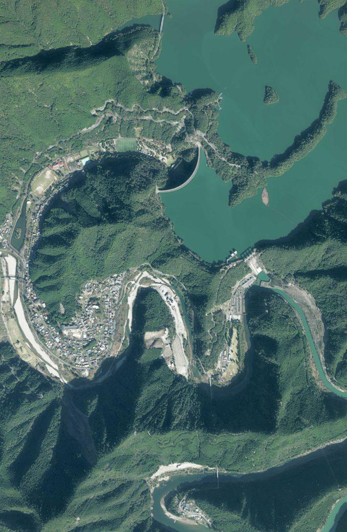 建設後の池原ダム周辺の航空写真