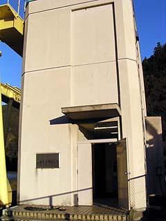 エレベーター塔